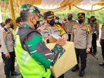 Wakapolda cek kesiapan personel amankan jalur Gentong. /Pikiran-rakyat.com/Asep MS