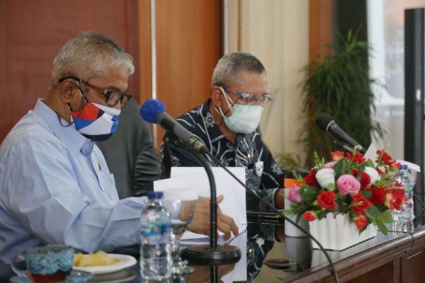 Komisi V DPRD Provinsi Jawa Barat menggelar rapat kerja pembahasan Laporan Pertanggung Jawaban (LKPJ) Gubernur Tahun 2020
