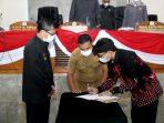 Penandatanganan Paripurna DPRD Subang Persetujuan Nota Kesepakatan Perubahan KUA & PPAS